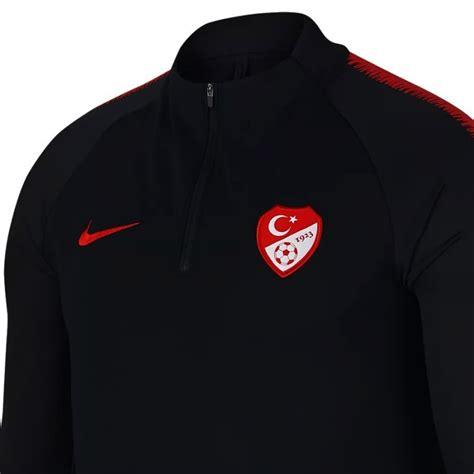 Türkei fussball im vergleich 2020 ✔ türkei fussball nach nutzererfahrungen ✔ für alle interessierte an fußball. Türkei Fussball team Tech Trainingsanzug 2018/19 schwarz ...