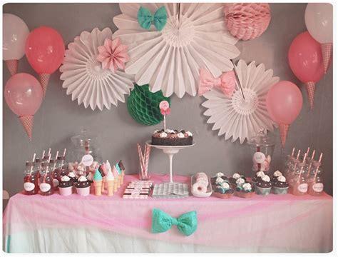 decoration anniversaire 1 an chez cette fille anniversaire f 234 te d enfants birthdays babies and communion