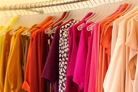 uncomplicated tips  organizing  small condo closet