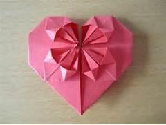 Herz aus Papier falten...