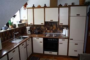 Tisch Neu Streichen : braune kuche weis streichen entdecken sie alles von zuhause innenarchitektur ~ Orissabook.com Haus und Dekorationen