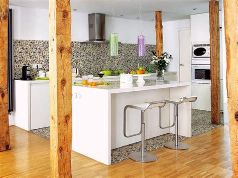 una cocina abierta  luminosa mi casa