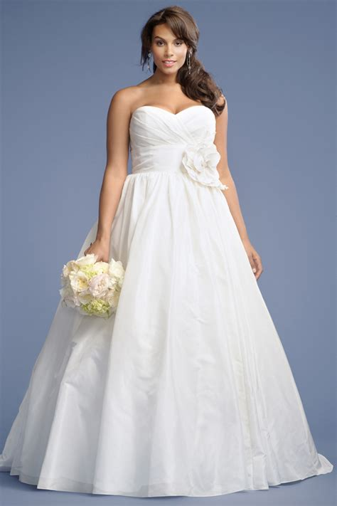 simple plus size wedding dresses simple plus size wedding dress with sweetheart necklinecherry cherry