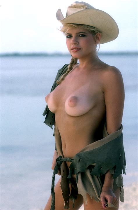 pamela saunders nude pictures rating 8 61 10