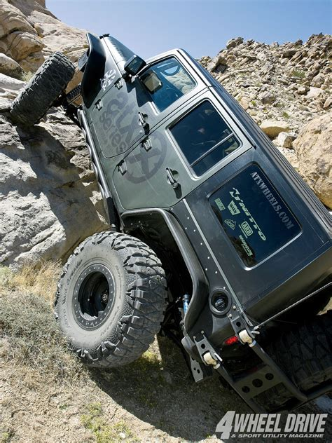 jeep jk rock crawler valley of the jeep beats on pinterest jeeps jeep