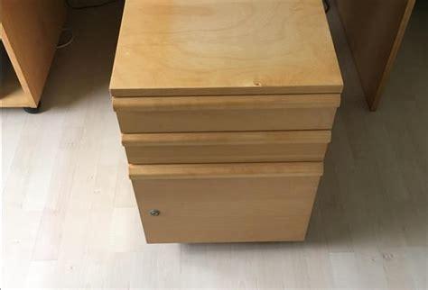 bureau ikea mikael bureau inclusief 2 ladenblokken in dordrecht huis en