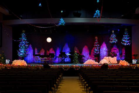 paper christmas church stage design ideas