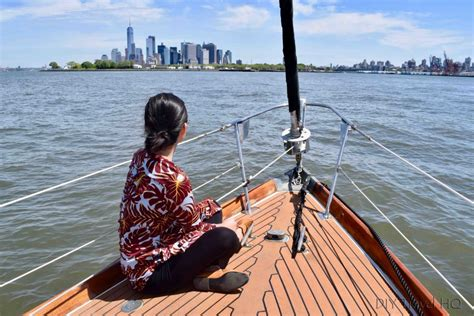 Boat Drinks Tribeca by Sail In Style Around New York City With Tribeca Sailing
