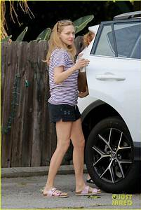 Amanda Seyfried Spends Time With Her Mom After First ...