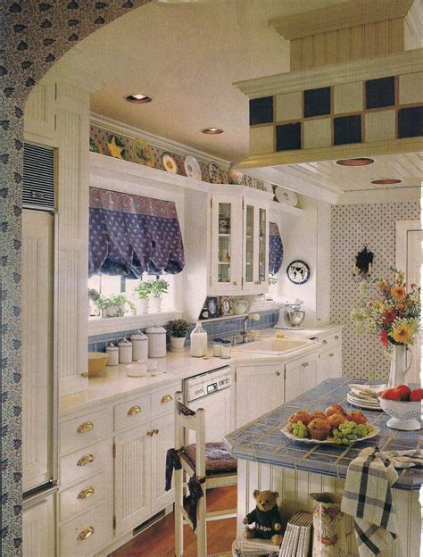 country galley kitchen 17 meilleures images 224 propos de home sweet home sur 2712