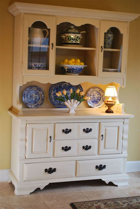 Painted Hutch Ideas - hometalk craigslist hutch makeover with chalk paint