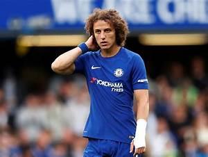 Chelsea's David Luiz sent off in Arsenal stalemate ...