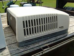 Duo Therm Dometic Rv Roof Top Air Conditioner 13 5 K With Heat More On Popscreen