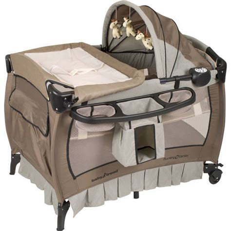 baby supplies baby trend nursery center playard deluxe