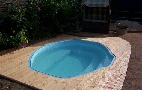 Mini Pool Gfk by Gfk Schwimmbecken Fertig Schwimmbecken Fertig Pool