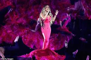 Mariah Carey performs TV debut of love song With You at ...
