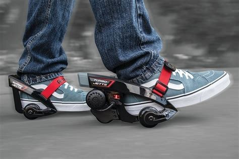 razor turbo jetts attaches shoes turn powered