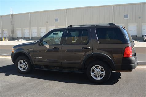 Ford Mid Size Truck by Ford Explorer Suvs Mid Sized Bbb Rent A Car