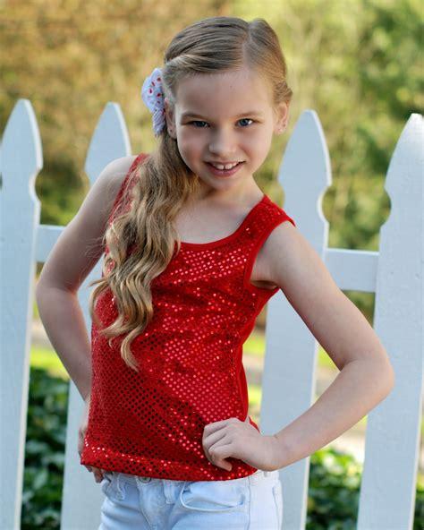 pose child modeling mag junior fashion experts april