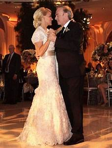 Neil Diamond, 71, shares wedding photo after marrying his ...