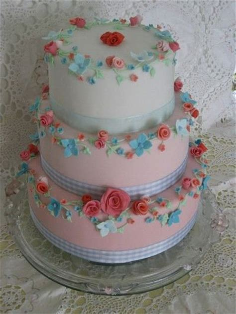 shabby chic themed wedding cake quot shabby chic wedding cake quot made by cherrycharlton on wedding cakes juxtapost
