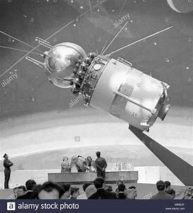 Voskhod 1 the world s first spacecraft Stock Photo ...