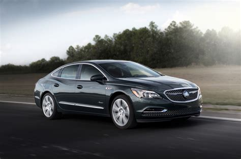2018 Buick Lacrosse Avenir Revealed