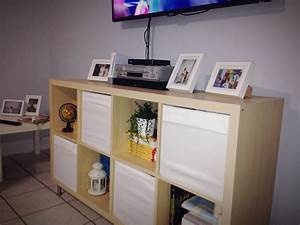 Ikea Kallax Tv Bank : use ikea 39 s kallax shelving unit and some dr na boxes for a cheap tv stand bookshelf home ~ Markanthonyermac.com Haus und Dekorationen