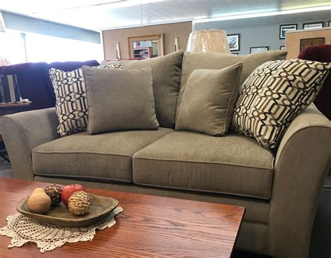 Casual Overstuffed Living Room Set Ikea Storage Bench Second Hand Garden Benches For Sale Bath Seat Standard Park Dimensions Iron Ends Shelf How To With Your Chest Shop Fox Vise