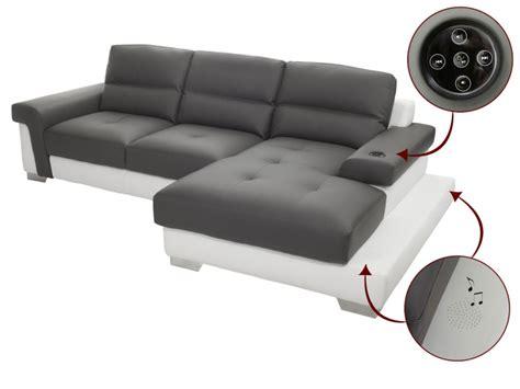 canapé avec repose pied intégré intenz le canapé avec système audio intégré