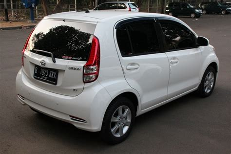 Daihatsu Sirion Photo by 2012 Daihatsu Sirion Photos Informations Articles