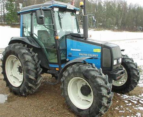 Valtra Valmet 700 - Tractor & Construction Plant Wiki ...