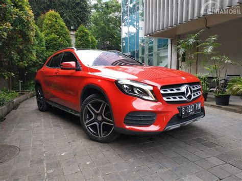 Gambar Mobil Mercedes Gla Class by Review Mercedes Gla 200 Amg Line 2018