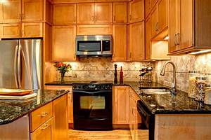 Furniture make a wonderful kitchen by using kraftmaid for Kitchen cabinets lowes with custom honey labels stickers