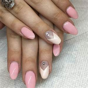 39+ Light Pink And Black Nail Designs - Nails In Pics