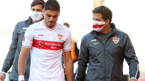 • 11 700 просмотров 1 год назад. VfB Stuttgart: Abwehrseuche geht weiter: Jetzt fehlt auch ...