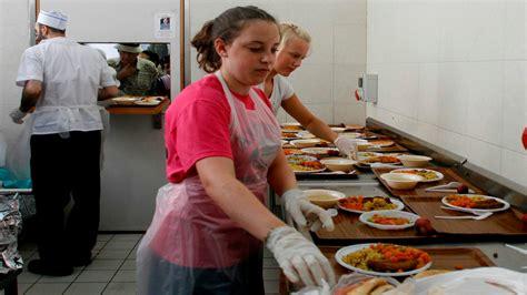 island soup kitchen volunteer island soup kitchen volunteer island soup kitchen