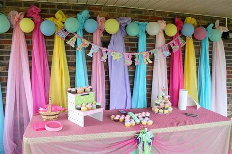 hang plastic table clothes  background decoration