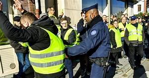 Blocage Gilet Jaune Vaucluse : france monde gilets jaunes le choc de deux france ~ Maxctalentgroup.com Avis de Voitures