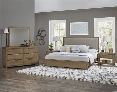 American Modern Bedroom Set By Vaughan-bassett