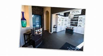 Salon Phenix Suites Franchise 100th Location Opens