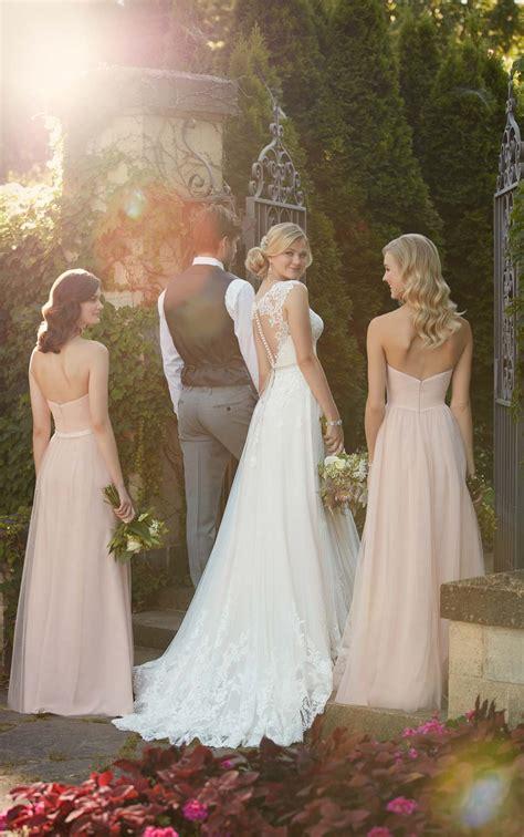 boho lace wedding dress   detail essense