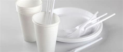 piatti bicchieri posate piatti bicchieri e posate in plastica 171 la cartaria