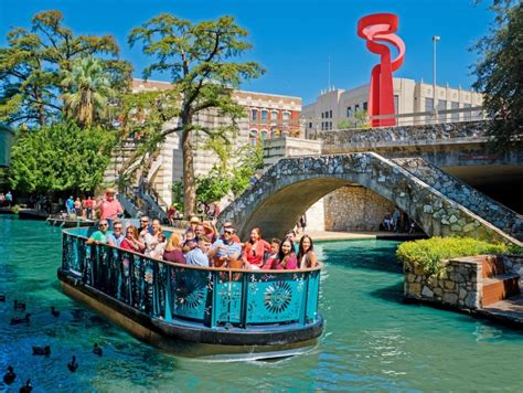 San Antonio Riverwalk Boat Ride Timings by 12 Things To Understand About San Antonio
