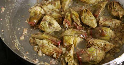 cuisiner fond d artichaut artichauts poivrade recette d 39 artichauts poivrade sautés