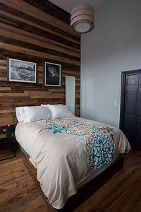 25 awesome bedrooms with reclaimed wood walls With barnwood walls in bedroom