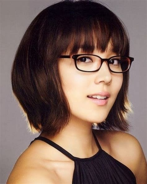 Short Hairstyles for Girls with Glasses Images   New