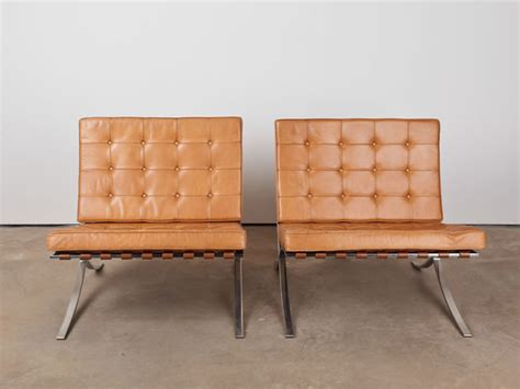 knoll barcelona chairs in original camel leather