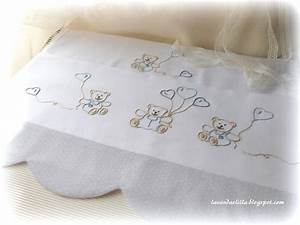 disegno di orsetti e cappe per lenzuolino da culla
