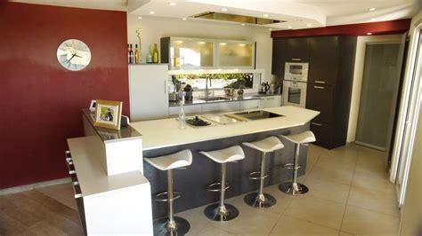 cuisine ouverte ilot cuisine ouverte sur salon avec ilot central 20170717120912